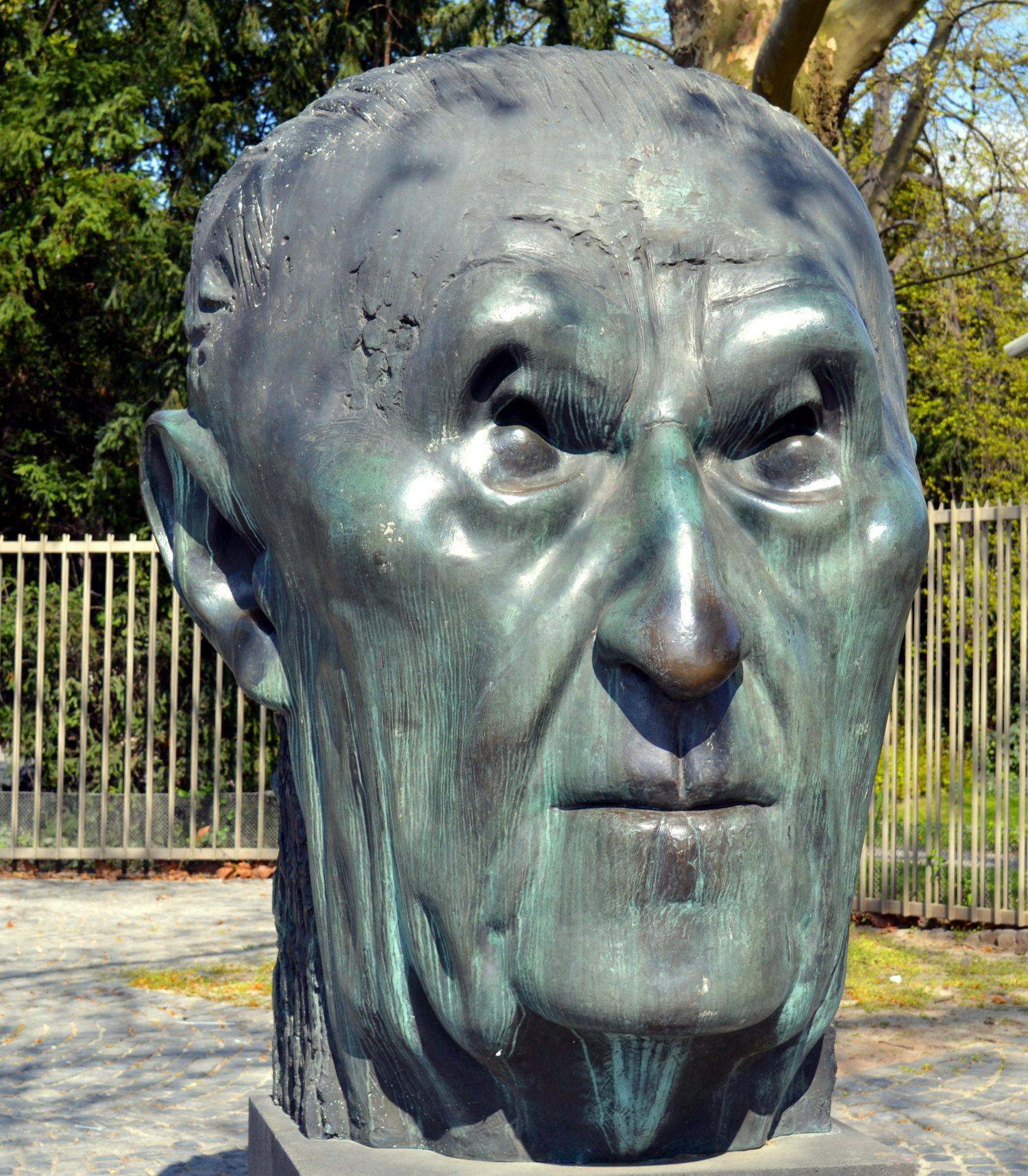 Adenauer's Entscheidungstipp Hettl